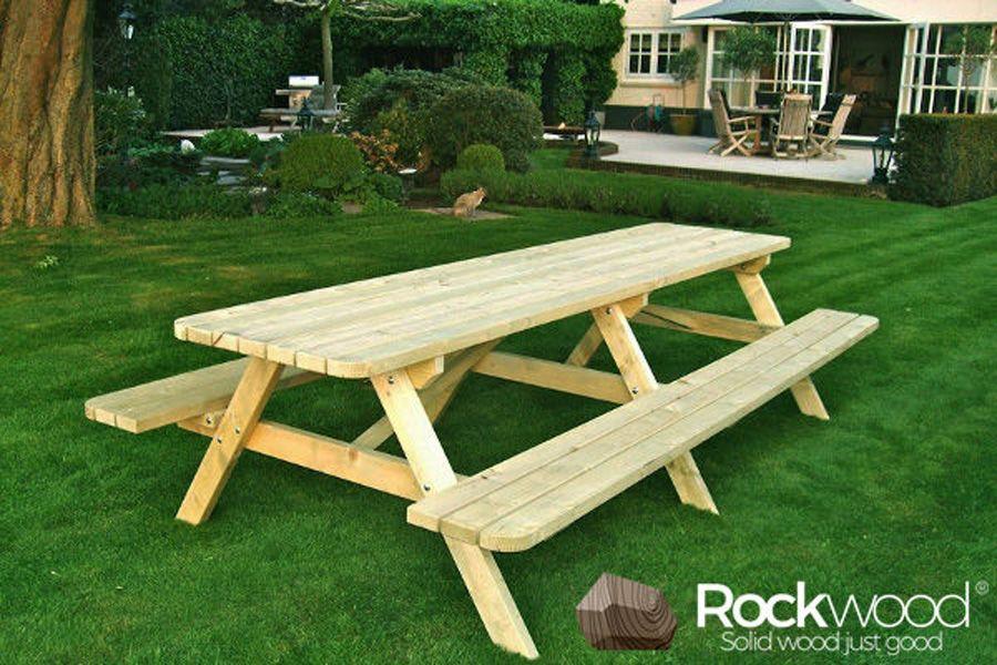 https://afbeelding.rockwoodpicknicktafels.be/images/outdoor/830/Rockwood_Picknicktafels_Picknicktafel_Massief_Grenen-1.jpg